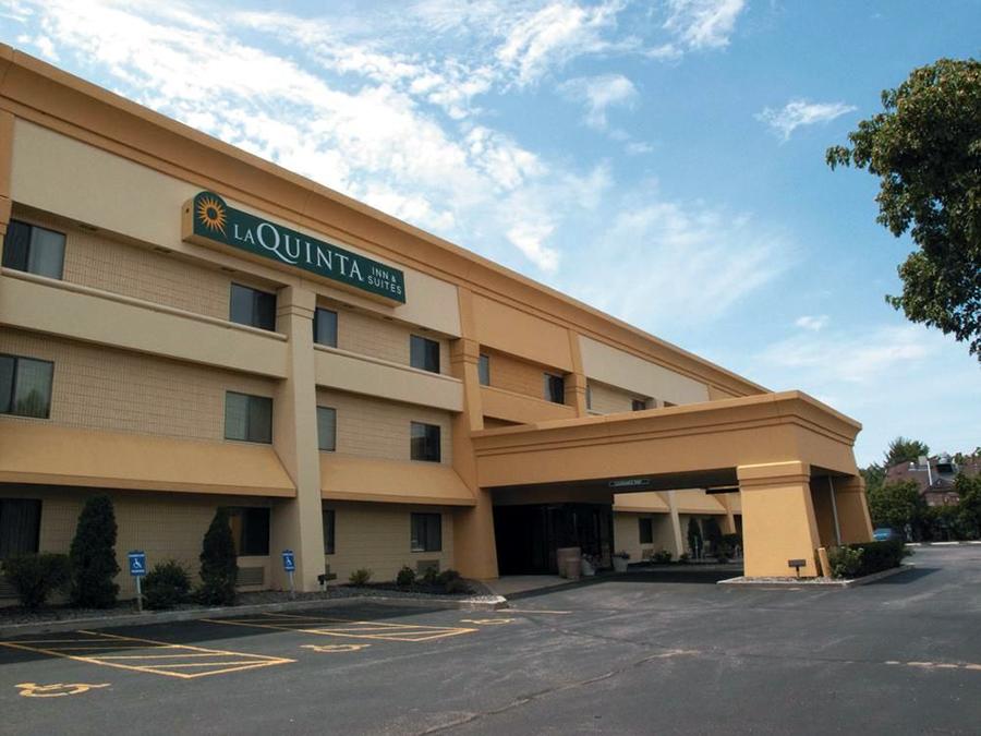 Two Injured, Man Arrested Following Hotel Disturbance w/ Knife