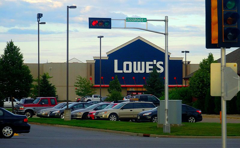 Plover Lowes Headed To Court For Dark Store Battle Point Plover