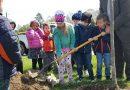WPS, UW kids, boost city's Arbor Day