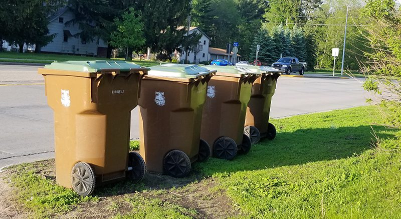 City feels pinch of garbage cart maintenance