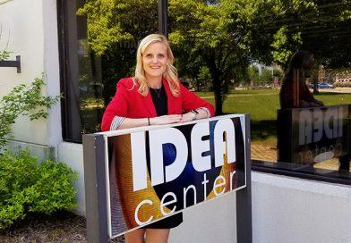 During first visit to Idea Center, state treasurer talks hemp advocacy