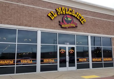 Life during the shutdown: El Molcajete continues grinding away