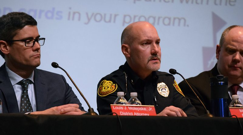 District, DA, police, lead conversation on school safety