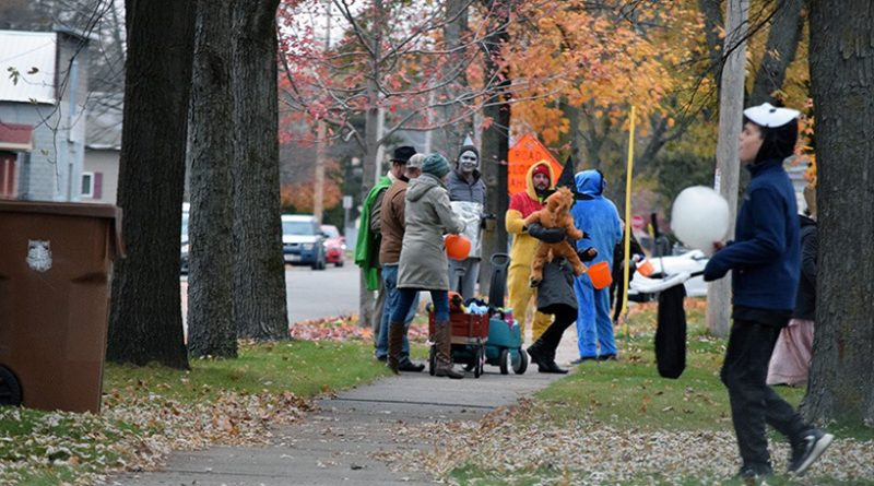 City recommends no trick-or-treating; asks residents to celebrate from home