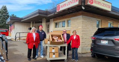 Elks members 'ham' it up for the Salvation Army